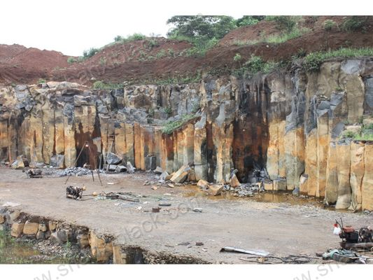 View:Quarries-1010